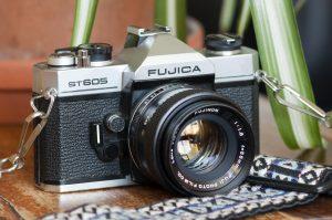 Fujica ST605 Vintage SLR Film Camera and Fujinon 55mm 1:8 Lens Review